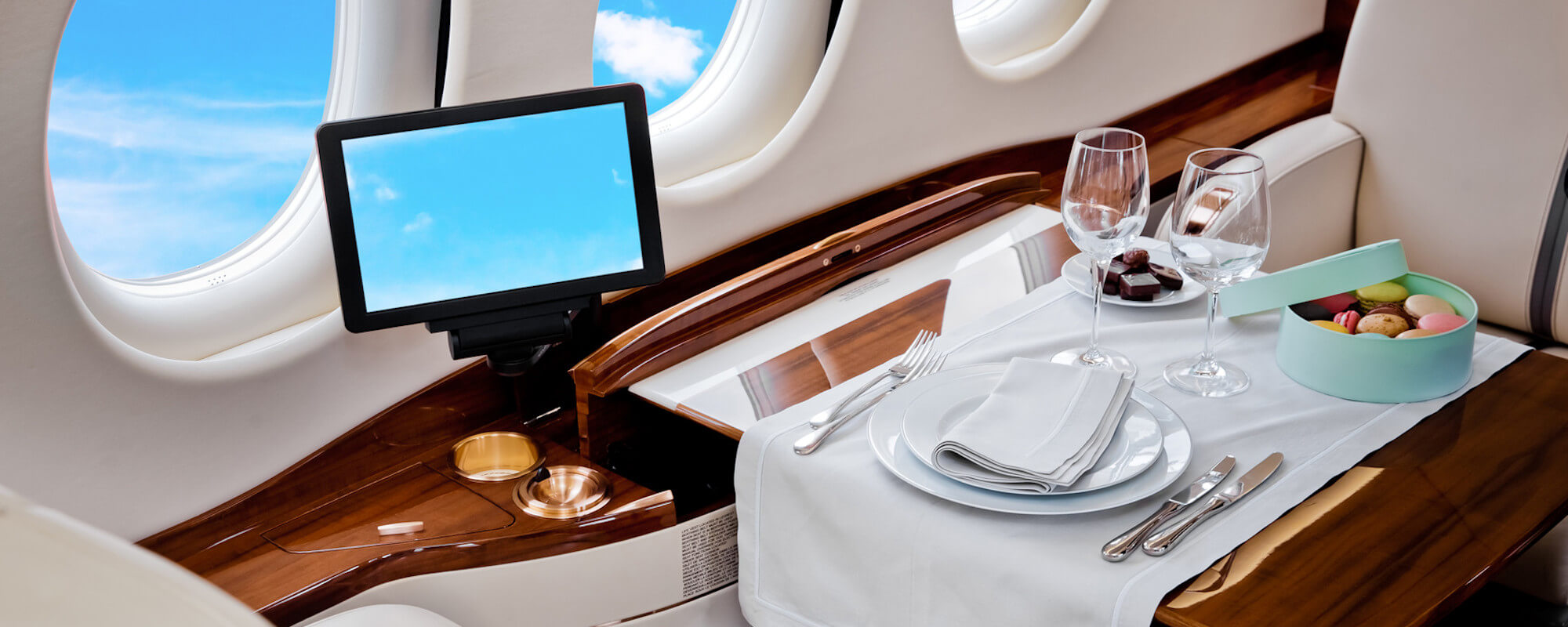 In-Flight Dining at 40,000 Feet